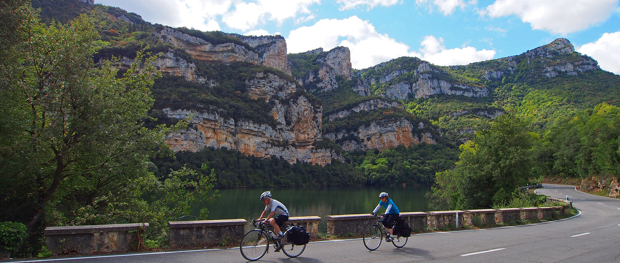 Ebro Gorge by the Embalse de Sobron